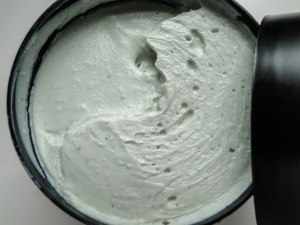 Lush Handy Gurugu Hand Cream-2