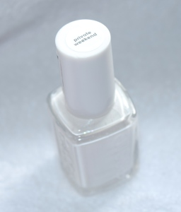 Essie Private Weekend 1