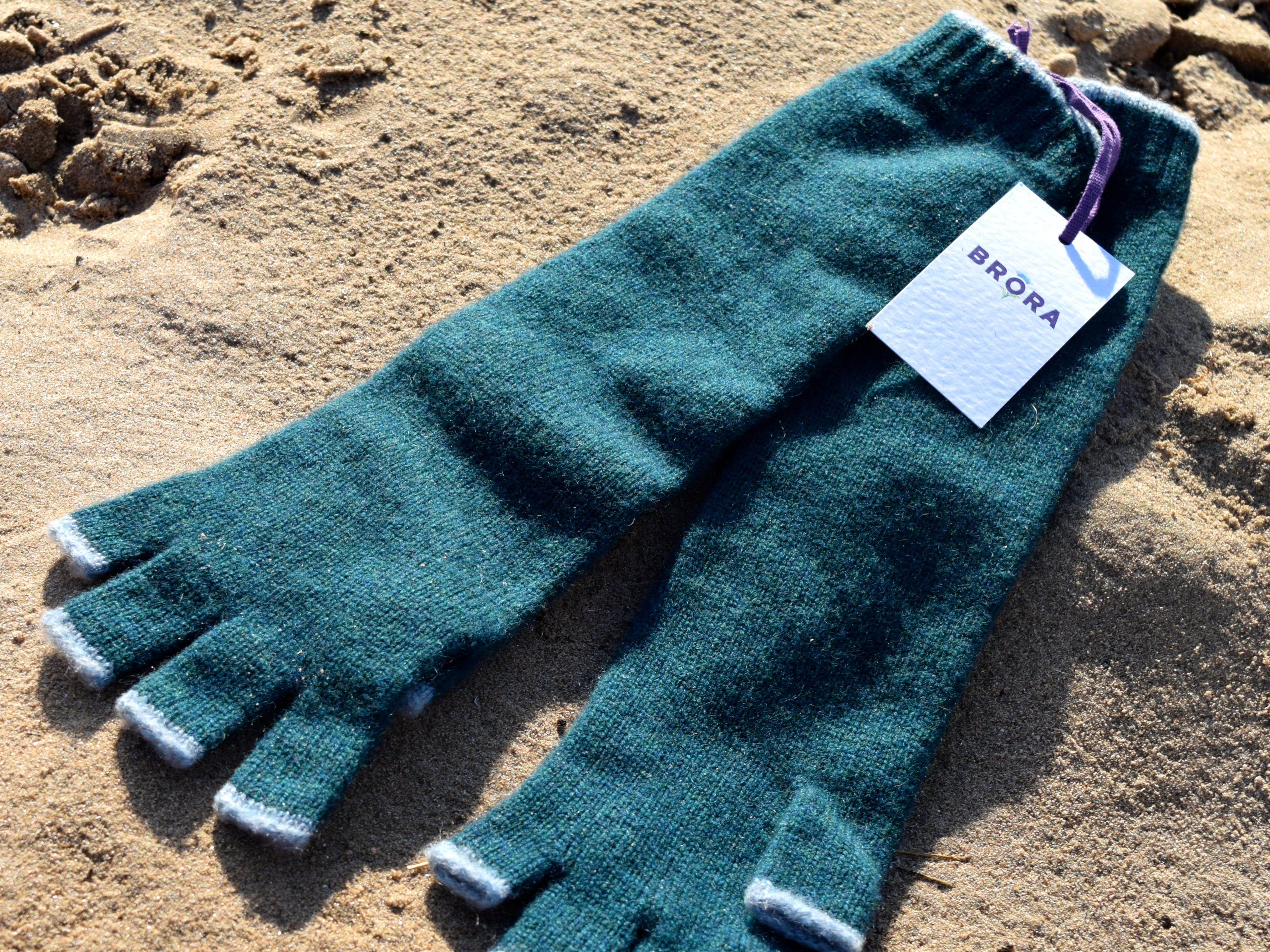 Brora Long Cashmere Gloves 1