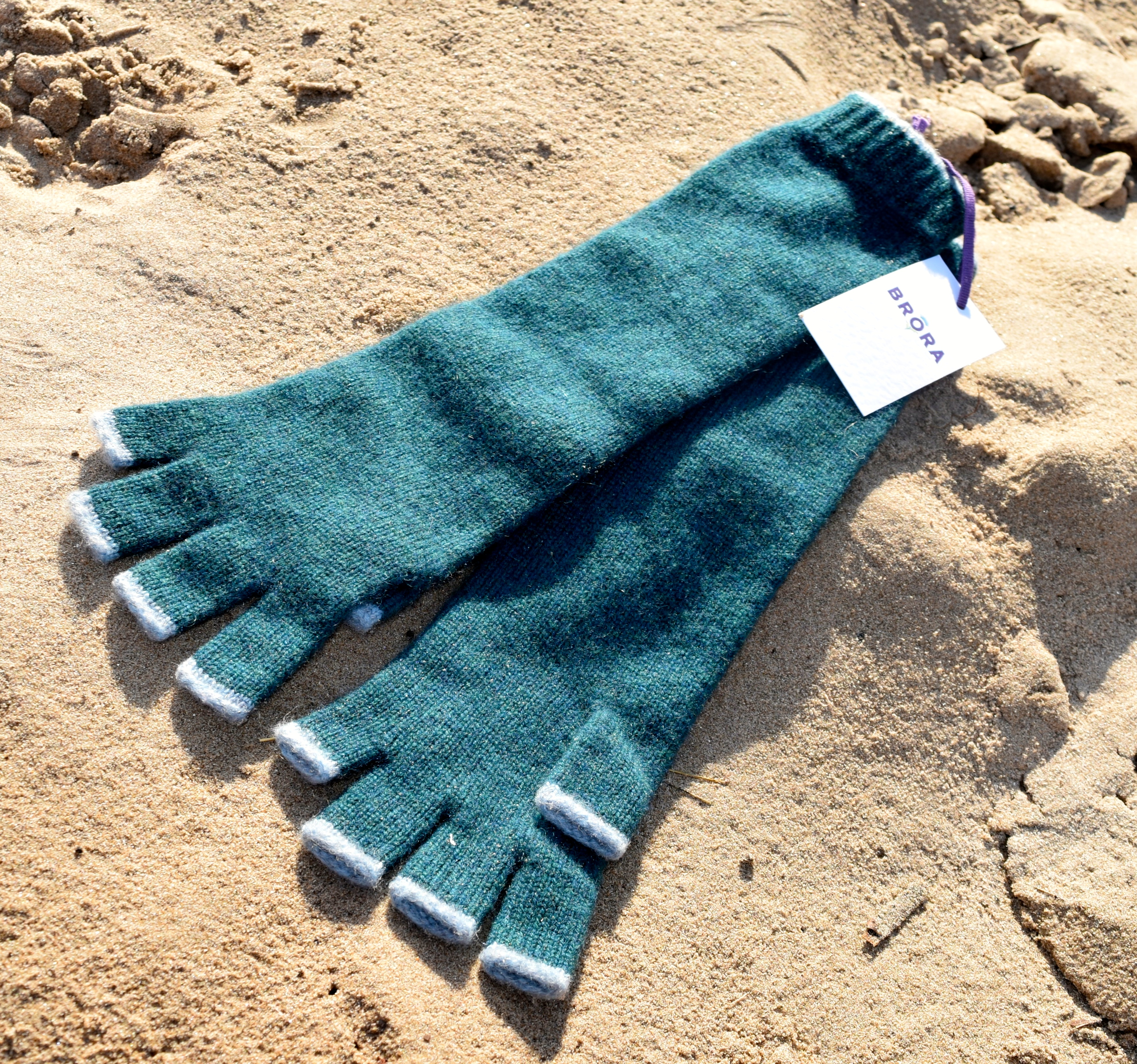Brora Long Cashmere Gloves 3