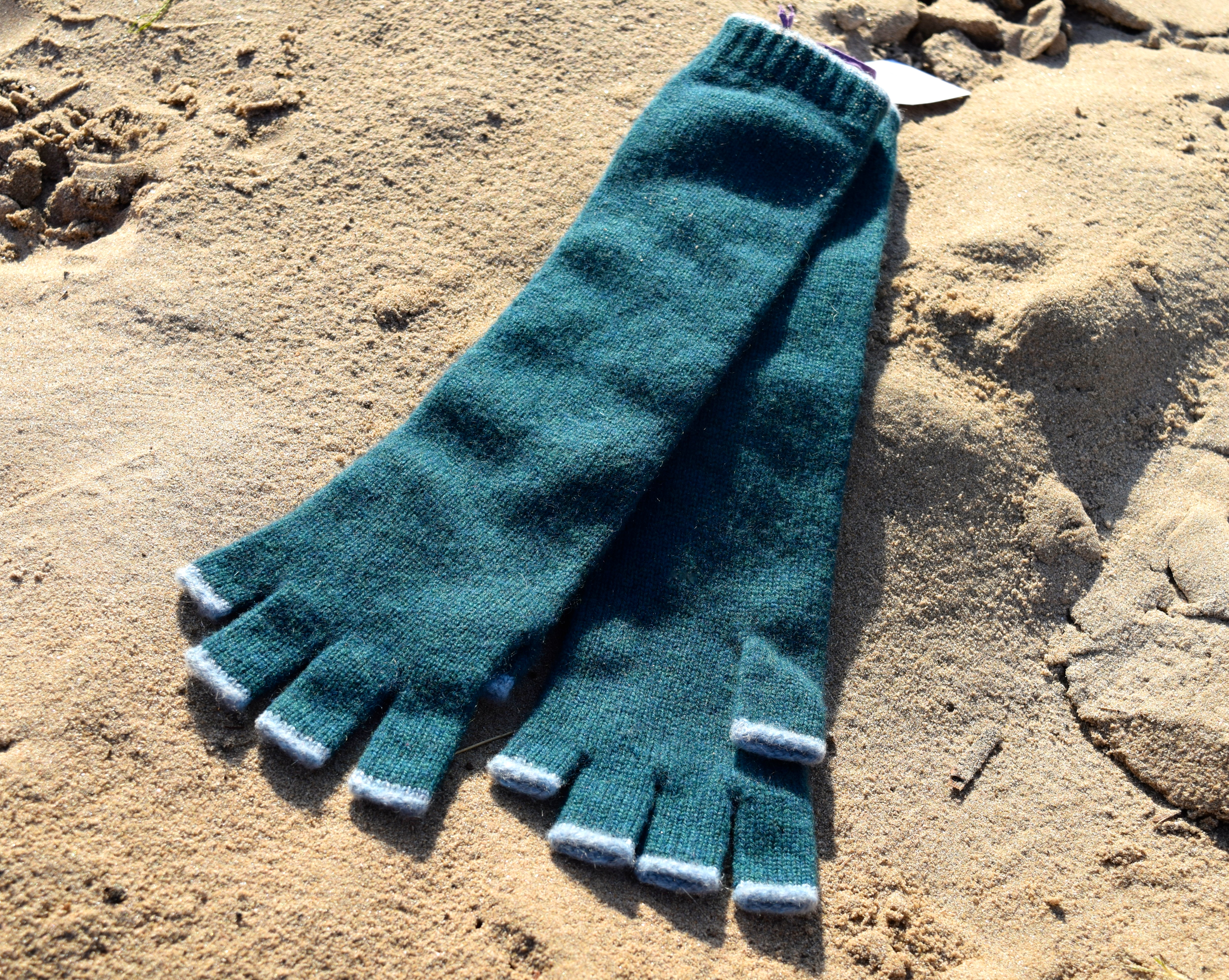 Brora Long Cashmere Gloves